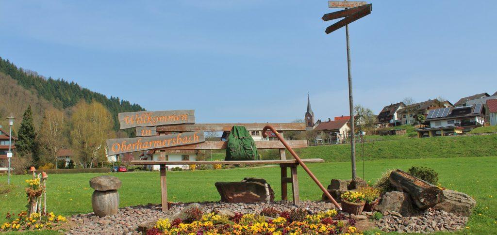 Stinneshof Oberharmersbach Herzlich Willkommen Sitzbank